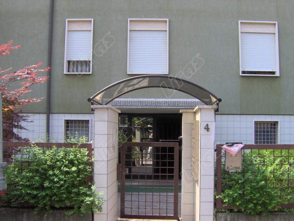 Pensiline in policarbonato e plexiglass liras schio - Pensiline ingresso casa ...